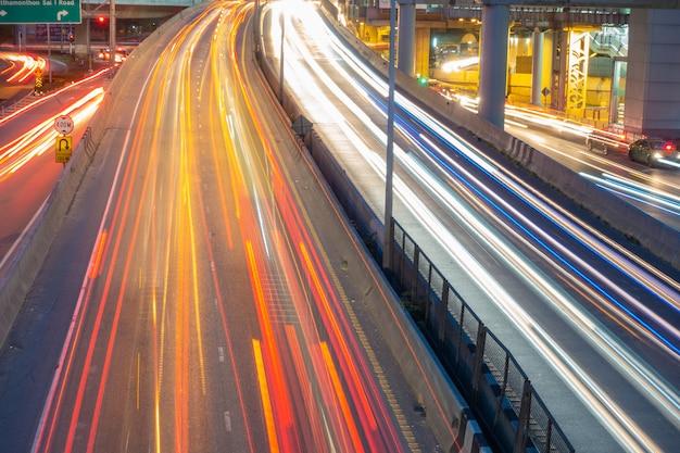 Semafori dalle auto