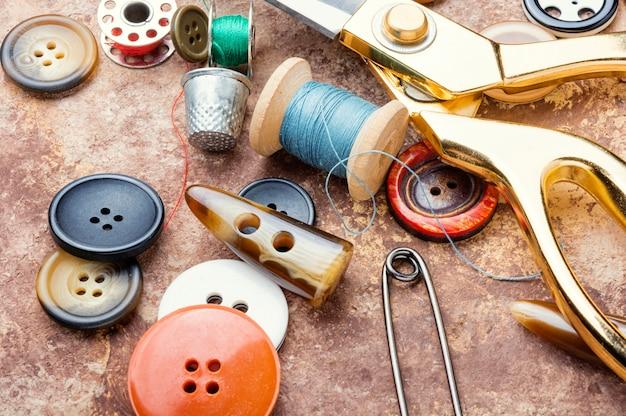 Set di accessori per cucire