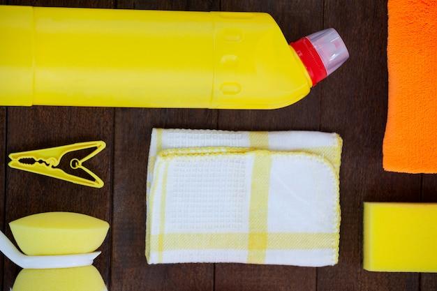 Set di attrezzature per la pulizia