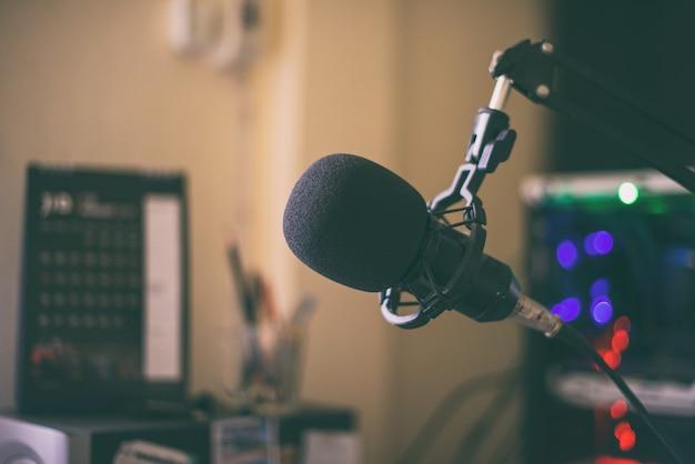 Set di computer per microfono per giochi in streaming da studio
