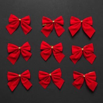 Set di fiocchi rossi