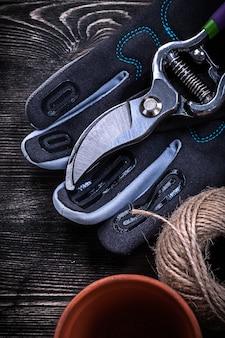 Set di guanto di sicurezza cesoie torba pentola matassa di corda