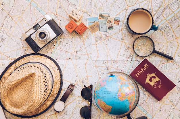 Set di oggetti turistici sulla mappa