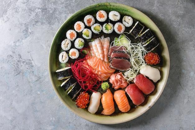 Set di sushi sashimi