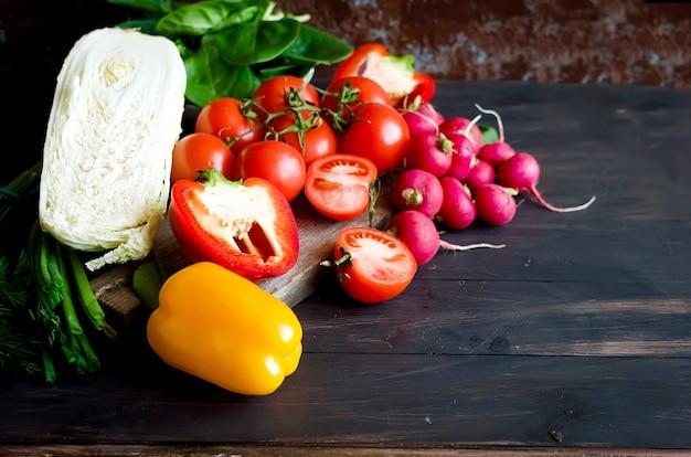 Set di verdure per insalata
