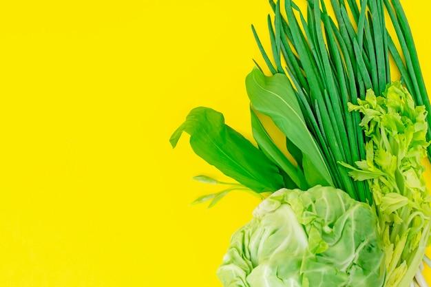 Set di verdure verdi