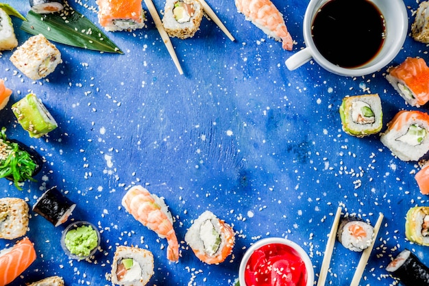 Set misto di sushi diverso