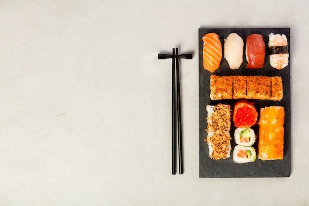 Set piatto di set di sushi