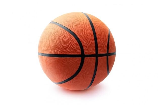 Sfera di pallacanestro isolata nella priorità bassa bianca