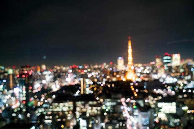 Sfocatura skyline della città di tokyo di notte