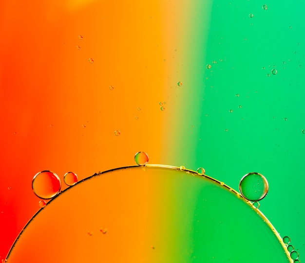 Sfondo a contrasto con piccole bolle trasparenti