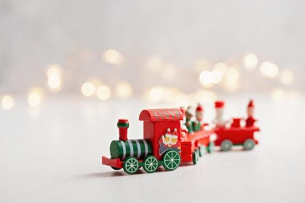Sfondo di natale con trenino in miniatura