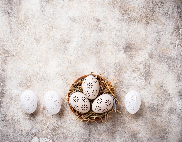 Sfondo di pasqua con uova decorative