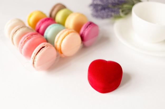 Sfondo di san valentino con scatola ad anello