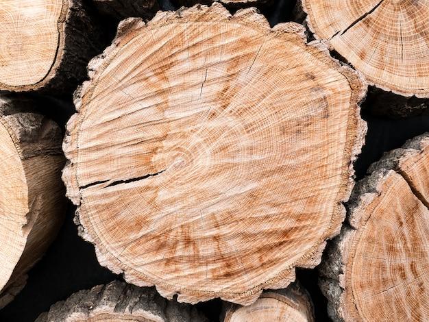Sfondo di tronchi di legno naturale