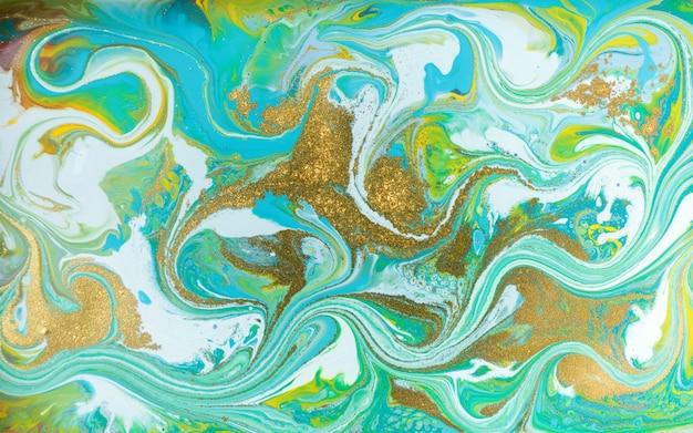 Sfondo di vernici colorate miste. pittura di versamento.