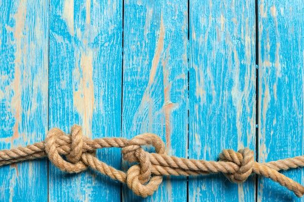 Sfondo nautico con corda