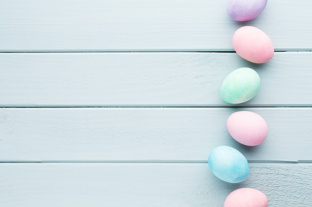Sfondo pastello uova di pasqua carta greating primavera
