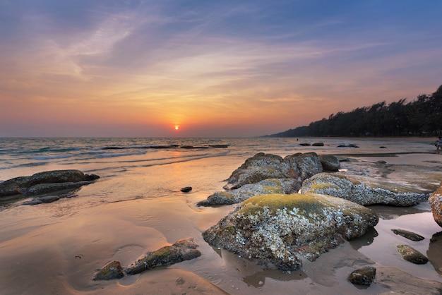 Sfondo spiaggia tropicale