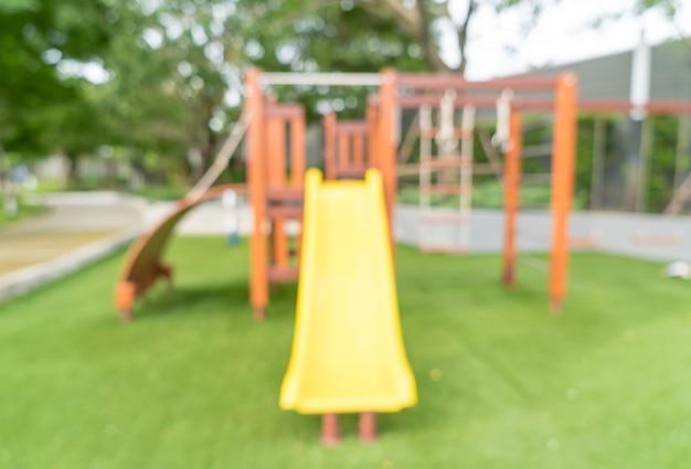 Sfuocatura astratta bambini parco giochi per bambini
