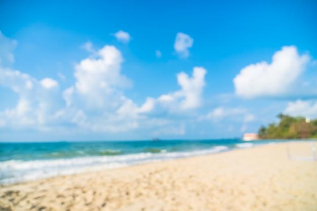 Sfuocatura astratta bella spiaggia e mare defocused