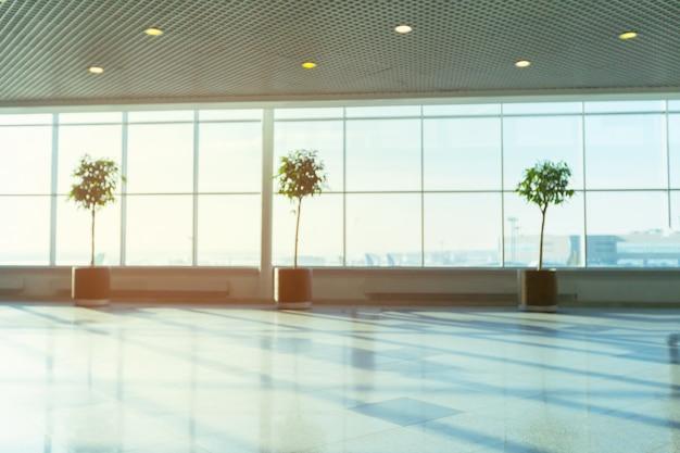 Sfuocatura astratta sparata in aeroporto per