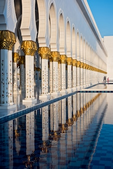 Sheikh zayed white mosque ad abu dhabi