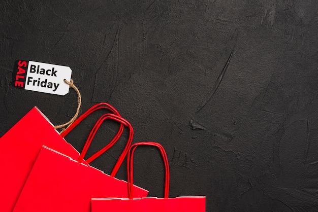 Shopping pacchetti e tag di vendita