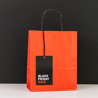 Shopping pacchetto con tag