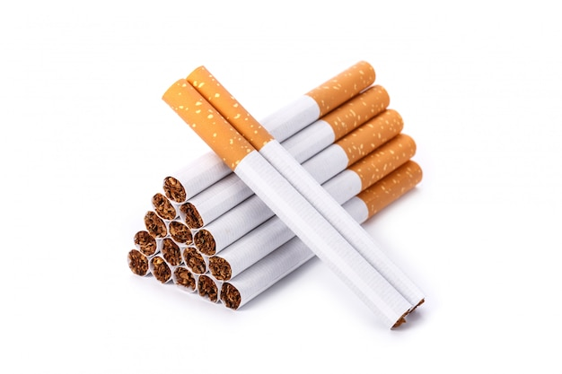 Sigaretta. colpo dello studio isolato