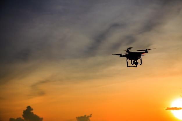 Silhouette di drone