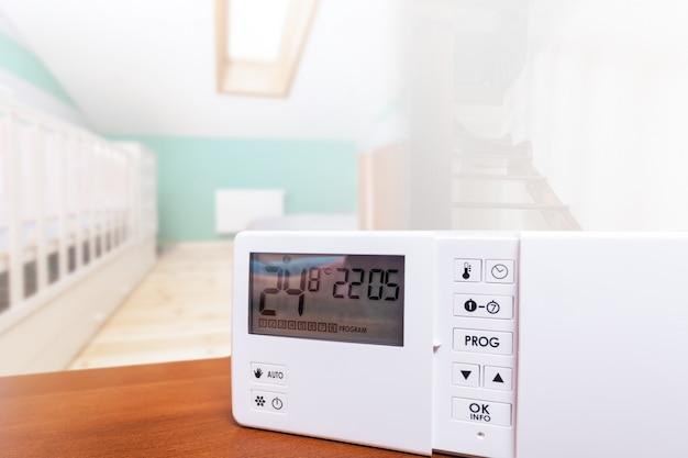 Sistema di controllo del clima, casa intelligente. controllo domestico