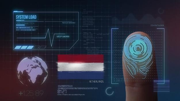Sistema di identificazione biometrico a scansione di impronte digitali. nazionalità olandese