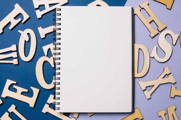 Sketchbook sulle lettere