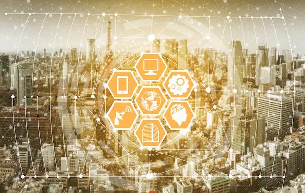 Skyline della città intelligente con icone di rete di comunicazione wireless.