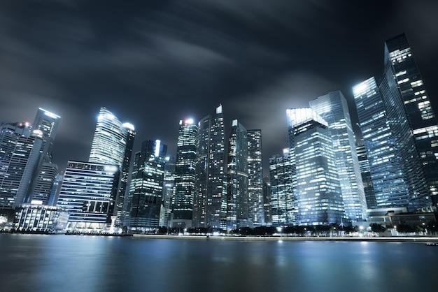 Skyline della città moderna a singapore marina bay