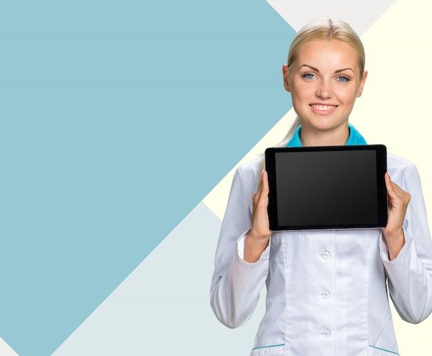 Sorridente medico donna medico