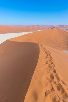Sossusvlei namibia, maestose dune di sabbia