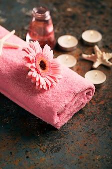 Spa natura morta con asciugamano