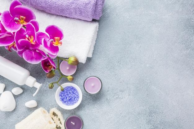 Spa still life con prodotti di bellezza