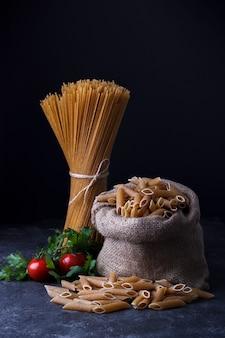 Spaghetti integrali essiccati