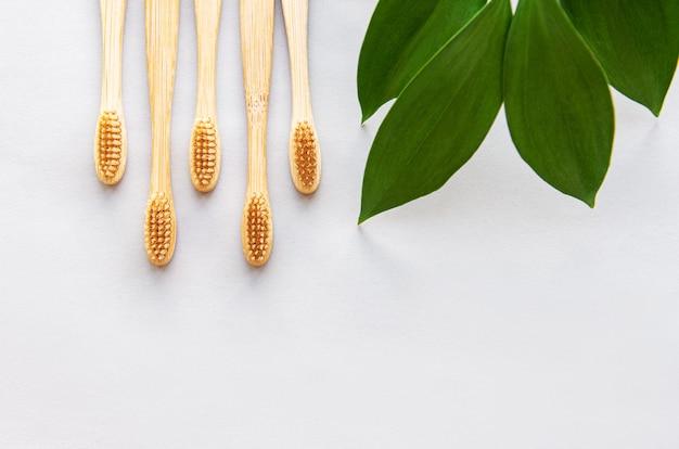 Spazzolini da denti di bambù