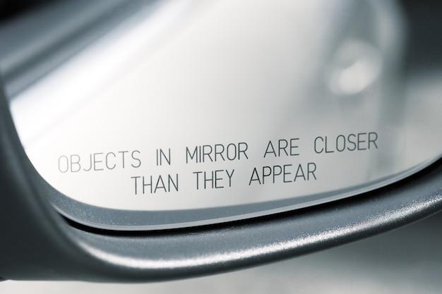 Specchio per auto