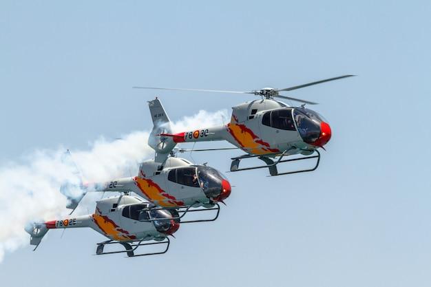 Spettacolo di elicotteri