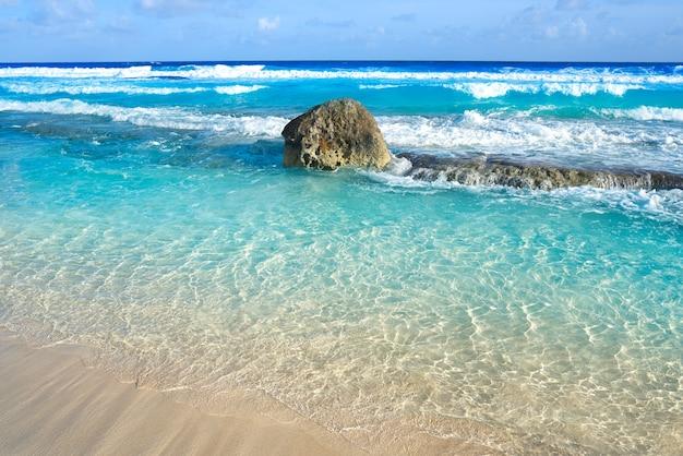 Spiaggia dell'isola di cozumel riviera maya messico