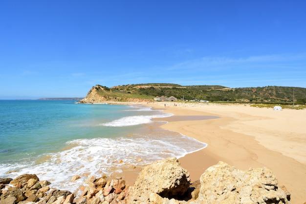 Spiaggia di boca del rio, vila do bispo, algarve, portogallo