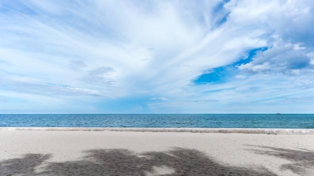 Spiaggia di hua hin, provincia di prachuap khiri khan