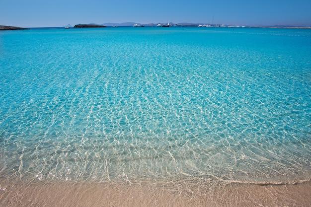 Spiaggia di illetes illetas a formentera isole baleari