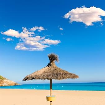 Spiaggia di maiorca cala mesquida a maiorca baleari