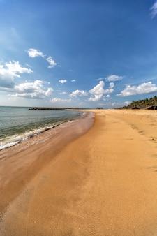 Spiaggia di negombo, sri lanka